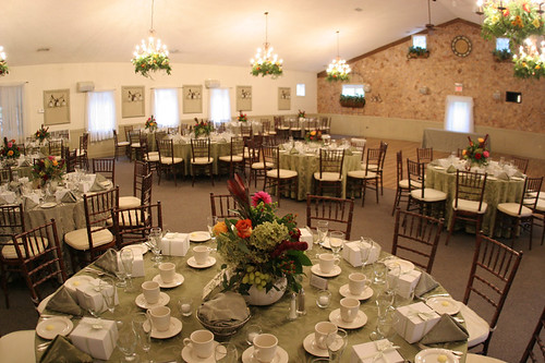 This Is A Picture Of The Reception Room Except Lights Are Set Up On Bright Our Will Be Little Dimmer And Well Have Chocolate Brown Table Clothes