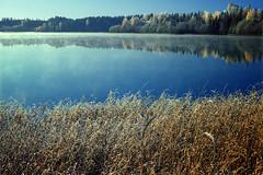 Hersjen #1 (Krogen) Tags: autumn nature norway landscape norge natur norwegen noruega scandinavia akershus coolscan hst kodachrome64 romerike krogen landskap noorwegen noreg ullensaker skandinavia hersjen