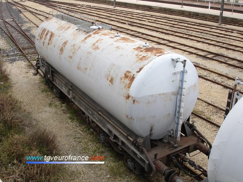 Un wagon citerne Uas (Z 21) SNCF
