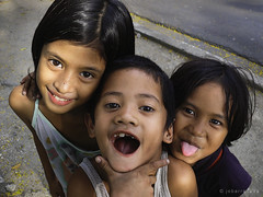 three smiles (jobarracuda) Tags: kids children lumix smiles pinoy fz50 baclaran panasoniclumix jobarracuda superhearts
