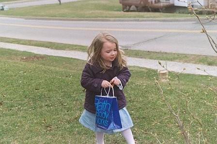 Easter07-egghunt4