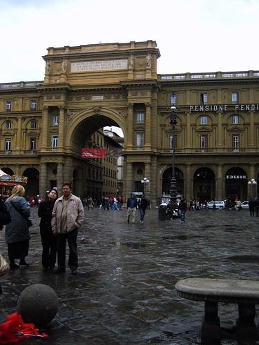 Piazza della Repubblica.. in the rain.