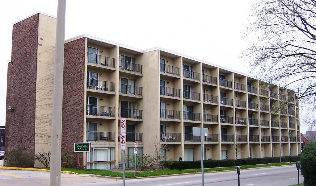 Champaign, IL West Side Park, Old Howard Johnsons Motel