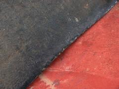 P1100056 (warnaz) Tags: red detail grey schuurpapier