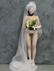 nude bridal 04