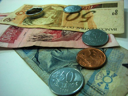 money! I need... do you understand?! morô?