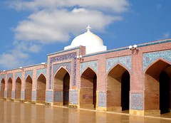 Shahjahan Mosque (Aliraza Khatri) Tags: pakistan mosaic muslim olympus images mosque east tiles getty historical middle rule sindh archietecture thatha mughal fe180 flickrdiamond empier gettyimagesmiddleeast