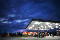 Gas Station 3.19.2007 (Notley) Tags: sunset sky clouds lights evening march nightlights gas gasstation missouri caseys conveniencestore 2007 gasolinera bocomo 10thavenue distributoredibenzina postodegasolina notley ruralphotography boonecountymissouri impressedbeauty notleyhawkins caseysgasstation missouriphotography stationdegaz caseysconveniencestore caseysgas httpwwwnotleyhawkinscom notleyhawkinsphotography boonebounty