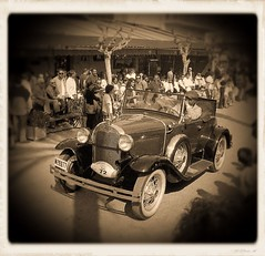 The successor (SantiMB.Photos) Tags: barcelona classic cars ford vintage psp antique antiguos paintshoppro sitges soe coches rallye silvergelatin blueribbonwinner clsicos abigfave travelerphotos diamondclassphotographer flickrdiamond