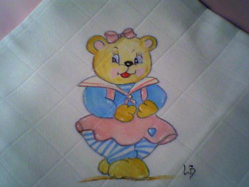 ursa de vestido