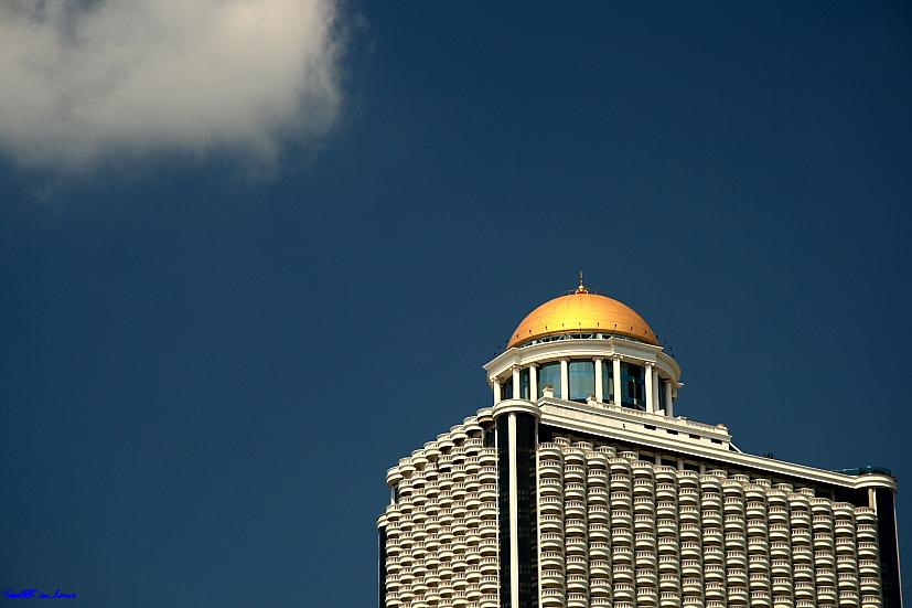 State Tower @ Bangrak Bangkok