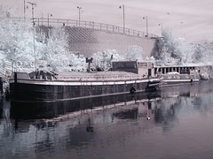 P1010022 (Shootin' the breeze) Tags: ir leeds infrared r72 kood c2020z olymnpus