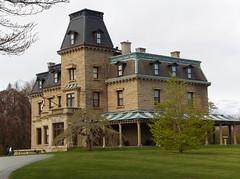 Newport Mansions (jefflerch) Tags: ri victorian newport mansion moongate vanderbuilt