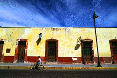 cholula - caribbean colors (Csbr) Tags: street travel blue winter sky color film architecture mexico colonial january slide scan m42 fujifilm caribbean 20mm cholula puebla mir 2007 pimped 100f velviarvp voigtlanderbessaflex 3520mm gettyscreening