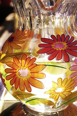 pitcher of color (jen clix) Tags: party flower color water daisies july barbecue round pitcher snapgame likeabowlofwater