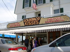 Goldenrod Kisses, York Beach, Maine (Deep Fried Kudzu) Tags: neon maine goldenrod kisses taffy saltwater yorkbeach luncheonette goldenrodkisses southernfoodtour