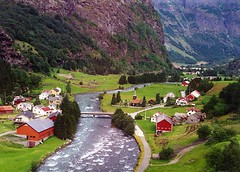Flam Valley (Dean Ayres) Tags: norway flam flamvalley
