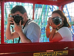 Flickrites on the loose (Ryan Brenizer) Tags: nyc newyorkcity friends me coneyisland rachel ride photographers ofme cameras july4 independenceday nottakenbyme carpeicthus flickr:user=carpeicthus