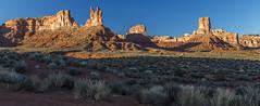 Valley of the Gods morning (Fred Moore 1947) Tags: desert places sunrise utah valleyofthegods landscape mexicanhat unitedstates us