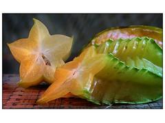 Tweaked Starfruit (Yorick...) Tags: colors graphic yorick gutentag wow