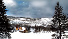 Landscape* (Imapix) Tags: voyage travel trees winter snow canada mountains landscape photo cabin photographie quebec 100v10f qubec mostinteresting imapix malbaie topfavpix gatangbourque gatanbourque copyright2006gatanbourqueallrightsreserved  copyright2006gatanbourqueallrightsreserved imapixphotography gatanbourquephotography