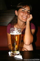 Wanna some beer? (Novo/new: /pamelamachado) Tags: sexta poser pa pam pamy pamela machado chopp cerveja beer bier copo glass 500ml bierkneipe bar foto pic photo sam samuca samuel