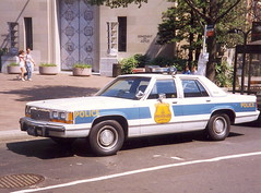 Washington Police (So Cal Metro) Tags: ford washingtondc dc washington cops police ltd fordltd crownvictoria
