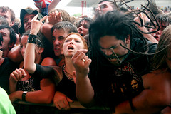 Viva la rock (dreadfuldan) Tags: dreadlocks audience crowd mosh mudvayne bigdayout headbang bdo
