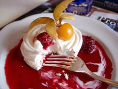 Comendo