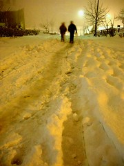 walking on the snow (ozgurum) Tags: snow night explore dzce abigfave fotorafkraathanesi