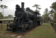 Lakeland Park Locomotive (Stephen Gardiner) Tags: park usa pentax florida railway trains locomotive lakeland steamengine 2007 1645 k10d