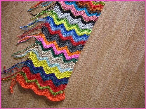 Zig Zag Scarf Knitting Pattern : zig(zagged)   bits and bobbins