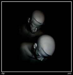 De Cartón Piedra... (z-nub) Tags: blackandwhite bw man black color blancoynegro digital canon zoe negro bn perspectiva maniquí espacionegativo znub zoelv artlibre ltytrx5 ltytr1 formatocuadrado víscerasyotrasmetáforas favsegúnznub bnysimilares cuadraditas cuadradita zoelópez cuadradosverticales sinacento