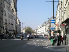 St Paul Marais Rue Saint Antoine