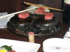 Hot stone beef