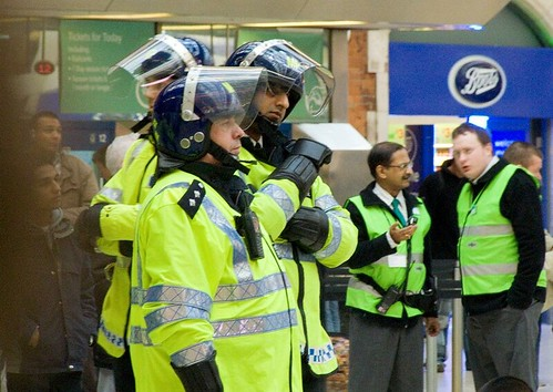 Metropolitan Police, London Victoria Station, preparing for Swansea football fans, 31 March 2007