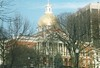 State House- Boston (sftrajan) Tags: winter snow boston architecture vinter arquitectura massachusetts hiver newengland 2006 historic capitol dome architektur government invierno patriot americanrevolution common inverno zima freedomtrail bullfinch 建築 architettura architectuur arkitektur dôme americanhistory зима kuppel cúpula архитектура architektura nationalhistoriclandmark купол nationalregisterofhistoricplaces massachusettsstatehouse eighteenthcentury charlesbullfinch kupol építészet