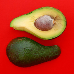 Yin - yang (anple) Tags: red green avocado bravo symbol aguacate abacate greenandred naturesfinest abigfave anawesomeshot goldenphotographer superhearts top20red