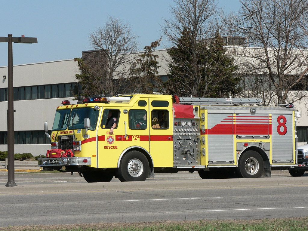 Airport Fire Engine / Truck