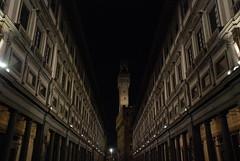Retta Via (...utopiacere... - [Michele Lapini]) Tags: firenze uffizi vecchio corridoio