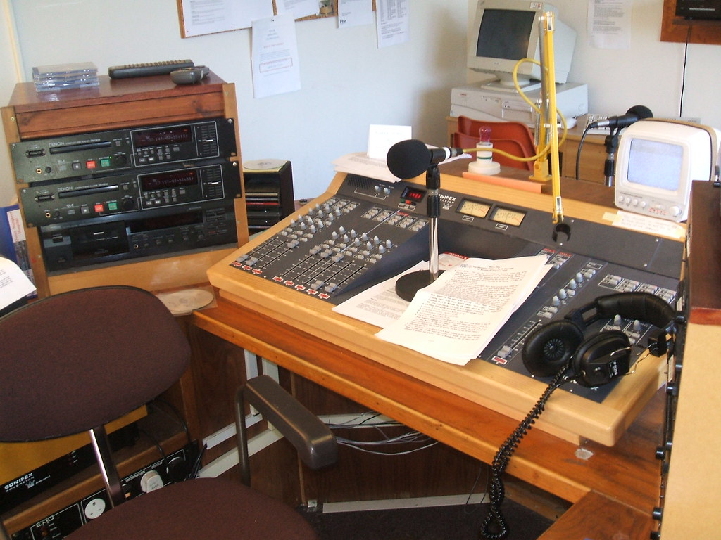 Radio West Fife