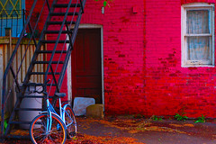 Red House. (avp17) Tags: red house toronto ontario college bike bicycle d50 saturated nikon palmerston nikond50 nikkor 50 impressionist annex harbord now200704