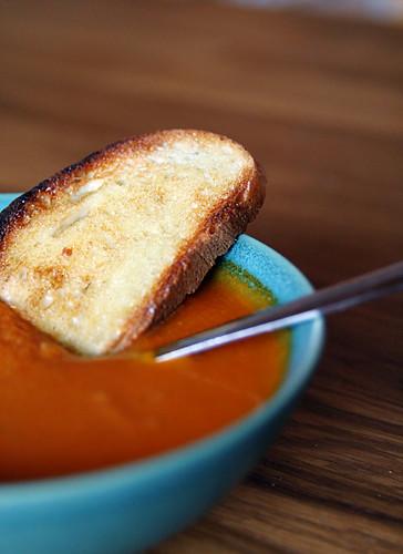 toast & tomato soup