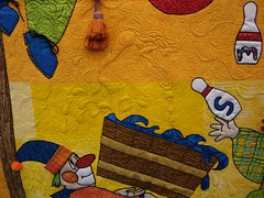 Clowns on parade bucket quilting detail 1