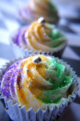 Project 365 Day 10: Mardi Gras King Cupcakes (sugar-bliss gnome) Tags: food cupcake mardigras kingcake dragee sweetcandy project365 anawesomeshot