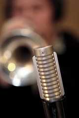 Royer Ribbon Mic (Steve.Korn) Tags: mic 580ex lightsphere royer ef247028lusm ribbonmic