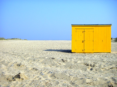 Down on the beach by hey mr glen