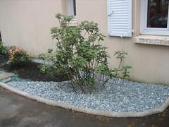 Du Japon dans un jardin: Phase 2-2 (suite) : galets gris et galets ...