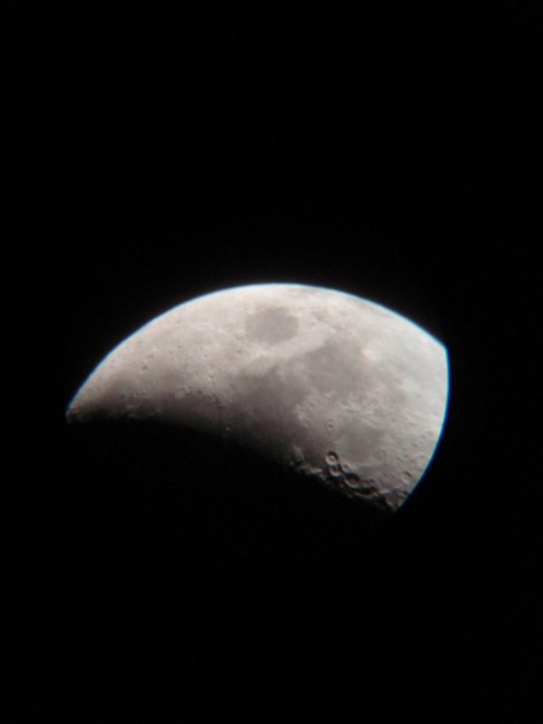 Luna 083