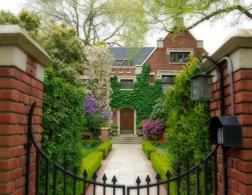 Jës 拍攝的 Harvard Home。